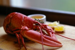 Steamed Lobster with melted Garlic Butter