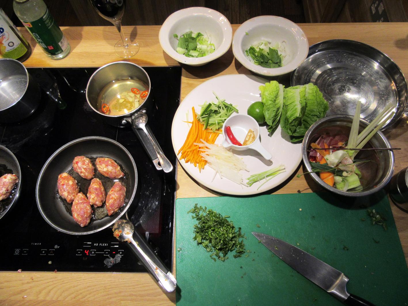 jamie-oliver-cookery-school_table